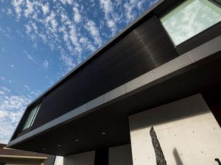 GLR Arquitectos 모던스타일 주택
