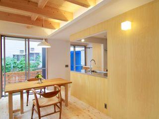松戸市・土間のある家 K+Yアトリエ一級建築士事務所 北欧デザインの ダイニング