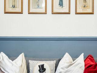 Gentleman's Club Apartment in Rione Monti Tania Mariani Architecture & Interiors SoggiornoAccessori & Decorazioni Grigio