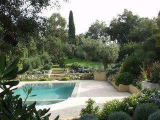 Villa Saint Tropez Giambenini srl GiardinoPiante & Fiori