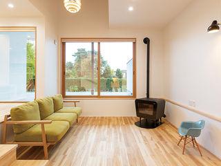 アトリエ・アースワーク Living room Solid Wood White
