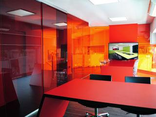 Ampliación oficinas en el barrio de Sarrià, Barcelona MANUEL TORRES DESIGN Oficinas y tiendas de estilo industrial Rojo