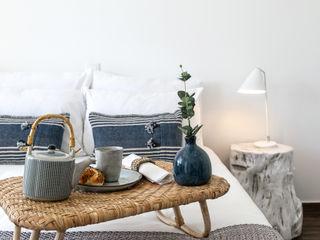 Hoost - Home Staging BedroomBeds & headboards