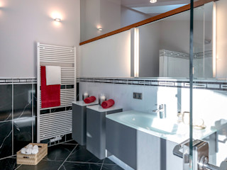Cornelia Augustin Home Staging Ванная в средиземноморском стиле