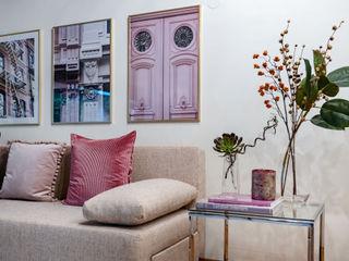 Cornelia Augustin Home Staging Гостиная в стиле модерн