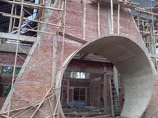 Alfaiz Design Modern style balcony, porch & terrace Concrete Grey