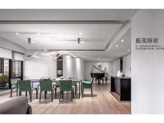 行一建築 _ Yuan Architects Modern living room