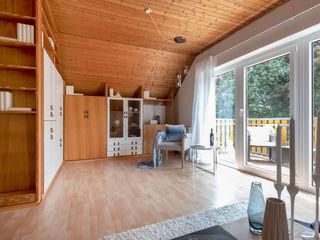 Cornelia Augustin Home Staging Гостиная в стиле кантри