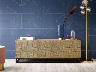 Oro - Messingbeschlag mit geometrischem Flair DELIFE WohnzimmerTV- und Mediamöbel Massivholz Bernstein/Gold