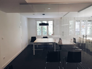 Proyecto de iluminación para oficinas Planificando Arquitectura Edificios de oficinas de estilo moderno