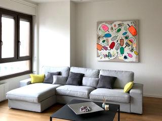 Studio Zay Architecture & Design Living room Solid Wood Grey