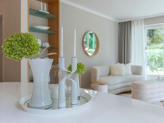 Münchner home staging Agentur GESCHKA SalonAccessoires & décorations Transparent