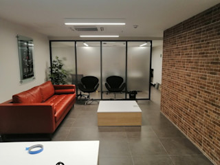 Be One Mobiliario Modern study/office