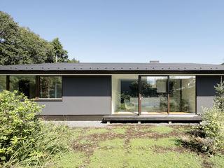 065相模原 I さんの家 atelier137 ARCHITECTURAL DESIGN OFFICE 木造住宅 灰色