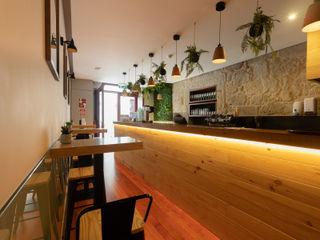 ShiStudio Interior Design Modern dining room