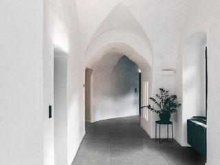 Ghenos Communication Modern Corridor, Hallway and Staircase