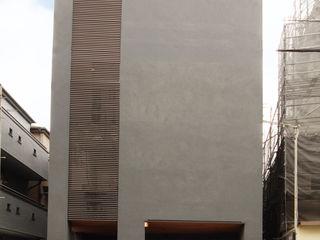 TERAJIMA ARCHITECTS/テラジマアーキテクツ Casas de madeira Cinzento