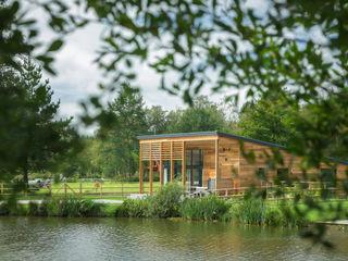 Stafford Moor Fishery Trewin Design Architects Espaces commerciaux minimalistes Bois massif Effet bois