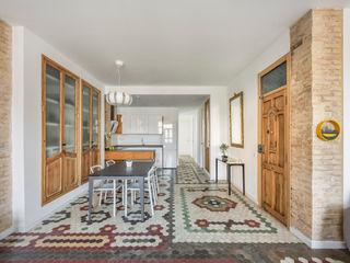 Home in Ruzafa tambori arquitectes 餐廳