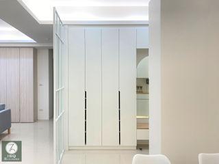 基隆市暖暖區 ISQ 質の木系統家具 斯堪的納維亞風格的走廊,走廊和樓梯