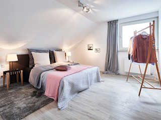 Home Staging Bavaria BedroomBeds & headboards