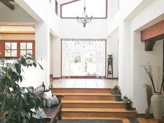 Planells Pasillos, vestíbulos y escaleras de estilo ecléctico