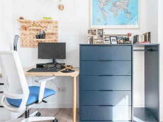 Estudi Aura, decoradores y diseñadores de interiores en Barcelona Modern style study/office Wood Blue