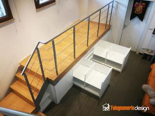 Struttura rialzata con mobile Falegnamerie Design Soggiorno moderno Legno Bianco