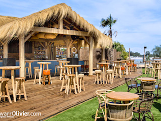 NavarrOlivier Bar & Klub Tropis Kayu Wood effect