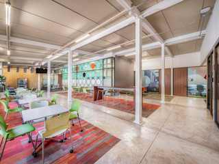 Tec CCM2 Sala de Profesores usoarquitectura Estudios y despachos modernos