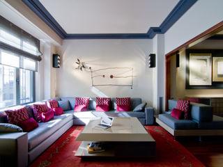 MANUEL TORRES DESIGN Modern living room