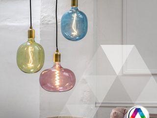 La Casa de la Lámpara Locaux commerciaux & Magasin classiques Multicolore