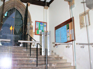 Fixed glass screens Ion Glass Minimalist houses Glass