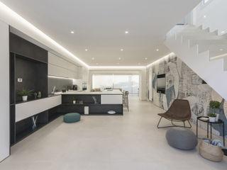 Villa TA DFG Architetti Associati Finestre & Porte in stile moderno