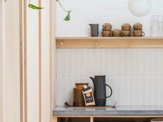 WN Studio + Store, Ashley Cross WN Interiors + WN Store Moderne Arbeitszimmer