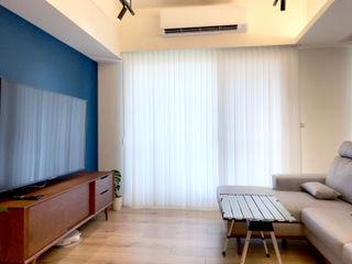在陽光灑落的地方生活|柔紗直立簾 MSBT 幔室布緹 客廳 複合木地板 Blue