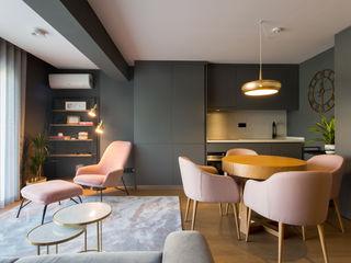 Traço Magenta - Design de Interiores ダイニングルームアクセサリー&デコレーション ピンク