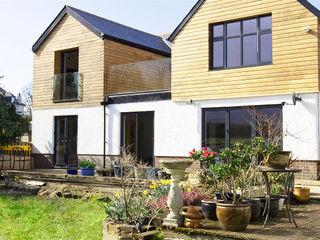 Farleigh Logde APT Renovation Ltd Modern houses