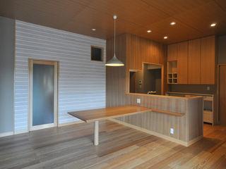 築40年 入母屋 日本家屋のリノベーション (株)独楽蔵 KOMAGURA オリジナルデザインの リビング
