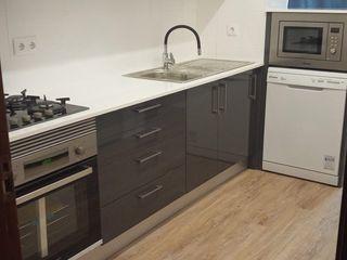 Home 'N Joy Remodelações Cucina piccola