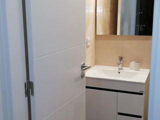 Home 'N Joy Remodelações Bagno minimalista Beige