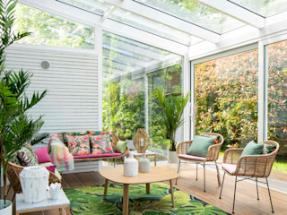 Decoración de terraza interior Sube Interiorismo Salones de estilo tropical Verde
