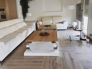 Hemme & Cortell Construcciones S.L. Вітальня Плитки Дерев'яні