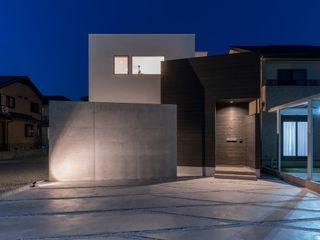 姫路市飾磨区の家 中村建築研究室 エヌラボ(n-lab) モダンな 家 木 白色