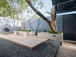 SANTIAGO PARDO ARQUITECTO Moderner Balkon, Veranda & Terrasse