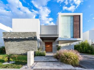 SANTIAGO PARDO ARQUITECTO Moderne Häuser