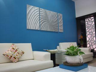 Garden Colony- Ahmedabad Pandya & Co. Modern living room Blue