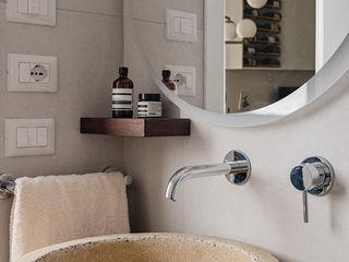 Casa FaLù manuarino architettura design comunicazione Bagno minimalista Cemento Beige