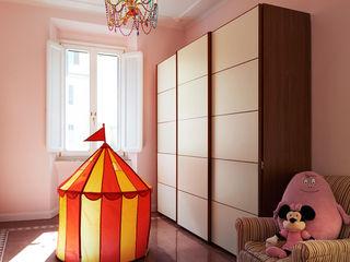 Perla déco - Progettazione e ristrutturazione a Roma 160 MQ - Quartiere Trieste Gruppo Castaldi | Roma Stanza dei bambini in stile classico Rosa