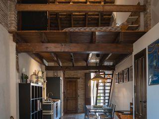osb arquitectos Kamar Tidur Gaya Rustic Wood effect